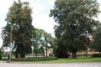 Zespół pałacowo-parkowy w Krajence