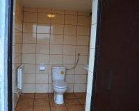 Inwestycje 2015 - Remont toalety na targowisku