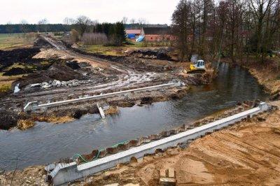 Inwestycje wgminie - budowa mostu wŻeleźnicy